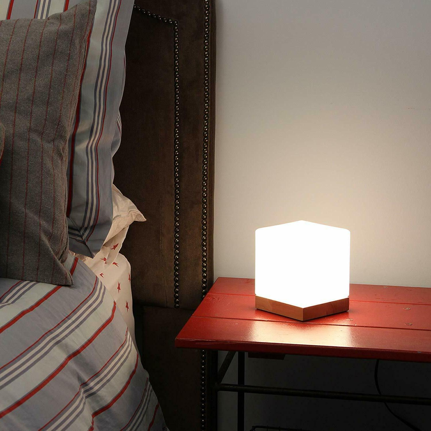 Light Iris Lamp with Round