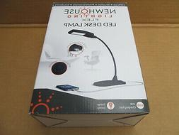 NEWHOUSE LIGHTING 5W Flex LED Desk Lamp w/ USB charging port