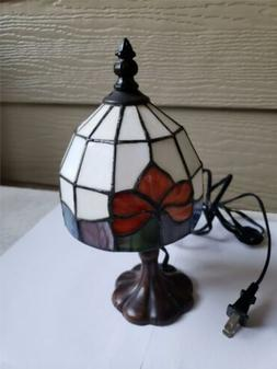 """Tiffany Style Table Desk Lamp 10""""Roses  Stained Glass Look,"""